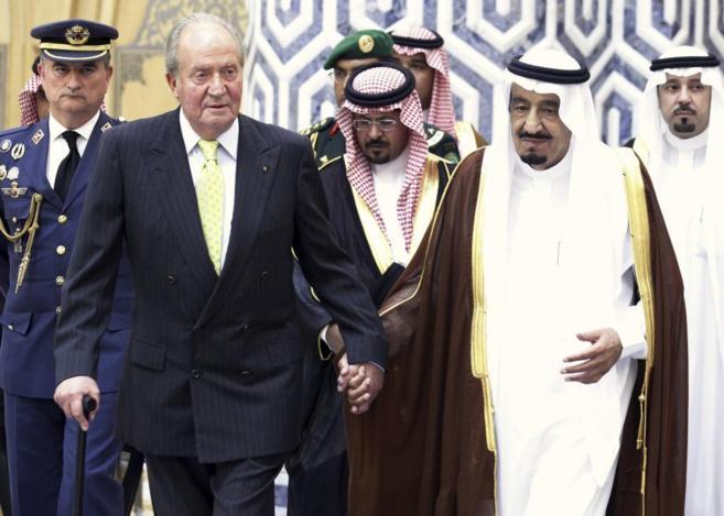Nación Andaluza y Motril en Común denuncian ante la Fiscalía del Supremo a Juan Carlos I por el posible cobro de comisiones ilegales en la venta de armamento a Arabia Saudí